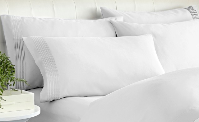 Up to 70% off 1000 Thread Count Cotton Blend Sheet Sets for Queen and King Beds - Shipping Included