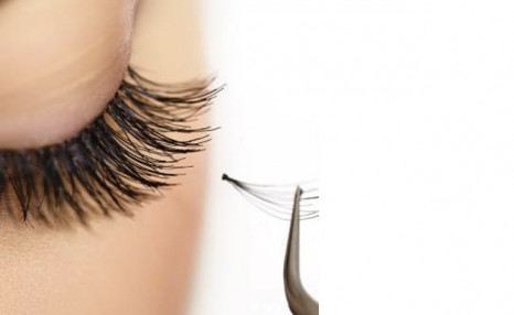 Up to 61% off Eyelash Extensions plus $20 off the Next Visit