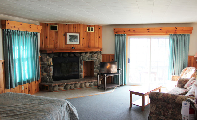 Romantic Winter Muskoka Getaway for Two on Penn Lake