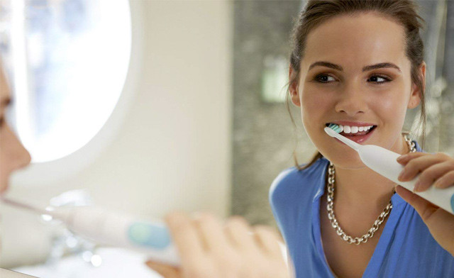 $49 for a Philips Sonicare Series 2 Plaque Control Rechargeable Electric Toothbrush (a $79 Value)