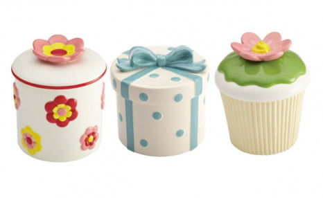 Click to view $13.90 for a Cake Boss Cookie Jar (a $39.99 Value)