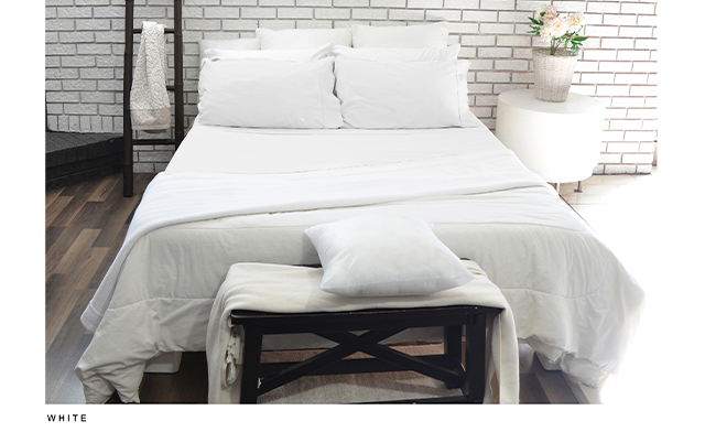 Click to view $40 for a Queen Sized Organic Cotton Sheet Set (a $129 Value)