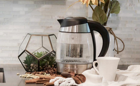 $51.95 for a Cordless Glass Kettle (a $69.99 Value)