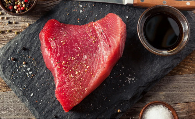 Click to view $110 for 15 lbs of Tuna Steaks (a $150 Value)