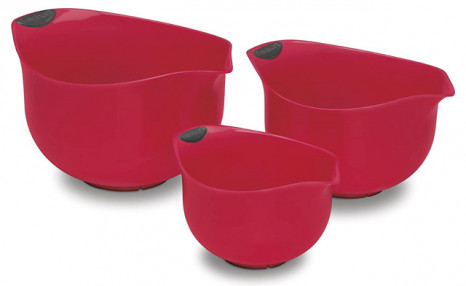 $21.90 for a Set of 3 Cuisinart Mixing Bowls (a $39 Value)