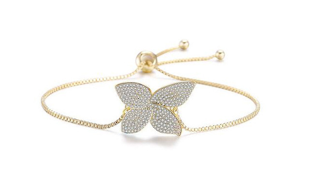 $20 for an Adjustable Swarovski Clover Bracelet (a $139 Value)