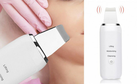 $38.95 for a 3-in-1 Ultrasonic Skin Scrubber (a $55 Value)