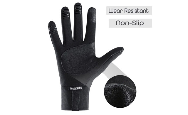 $14.26 for a Pair of Winter Thermal Touch Screen Gloves (a $40 Value)