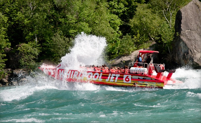 HOLIDAY SALE! 31% off Jet Boat Tour Tickets for the 2021 Season