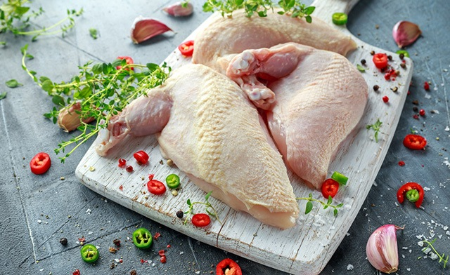 PRICE DROP!! $69 for 25 x 8-9oz Chicken Supremes (a $195 Value)