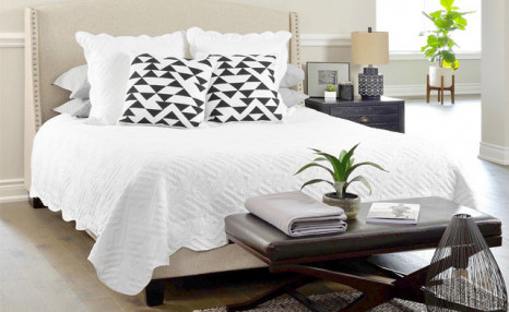Click to view Up to 71% off a Cotton Quilt Set