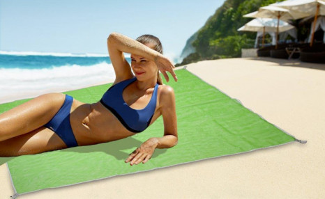 $12.95 for a Magic Beach Mat (a $39 Value)