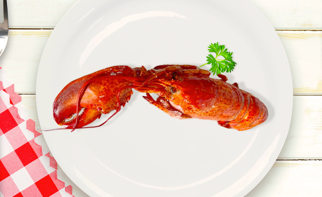 $110 for 10 lbs of Whole Canadian Cooked Cull Lobster (a $200 Value)