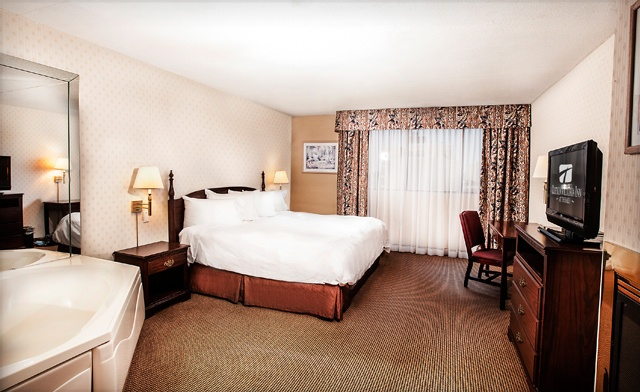Hotel Stay including Waterpark Passes or Casino Credits in Niagara Falls